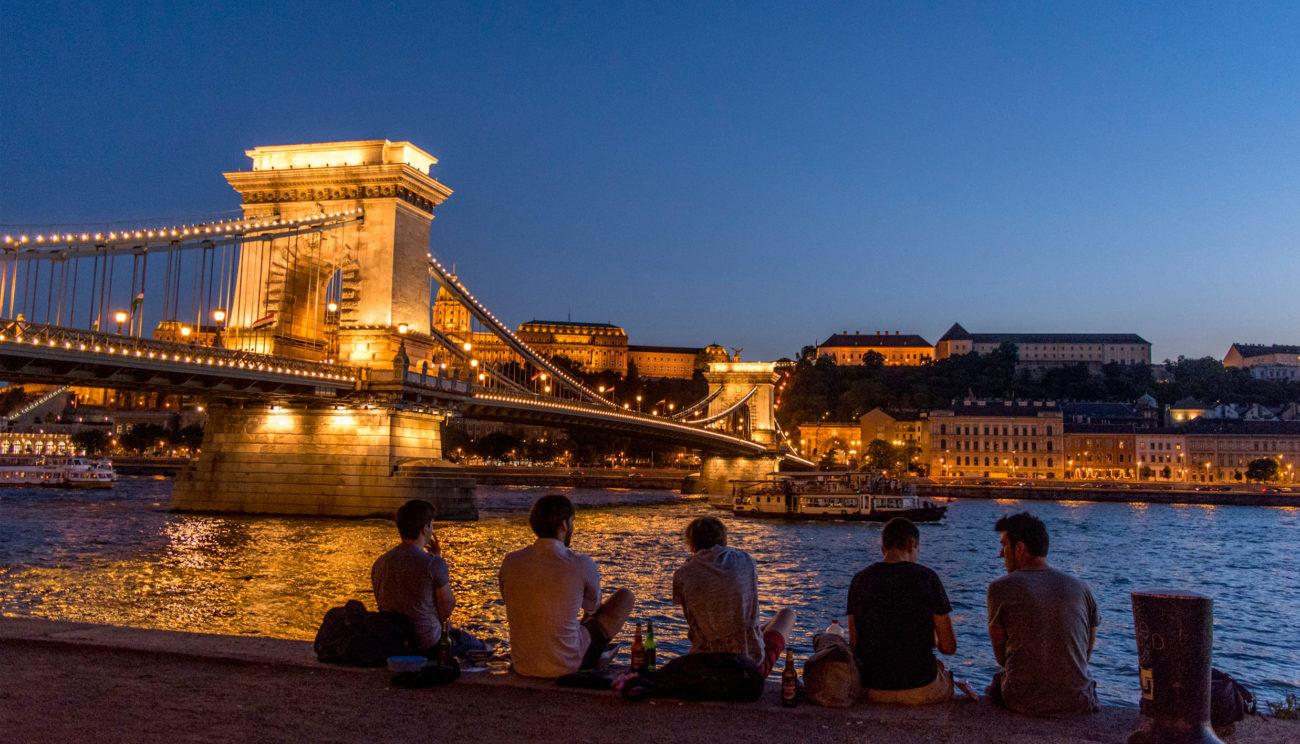 Budapest genopdager traditionerne