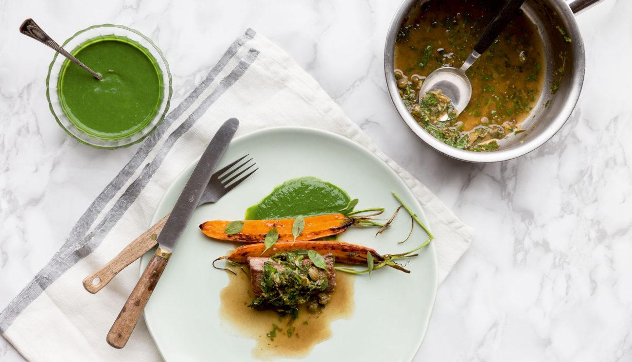 Lammefilet, spinat og gulerødder