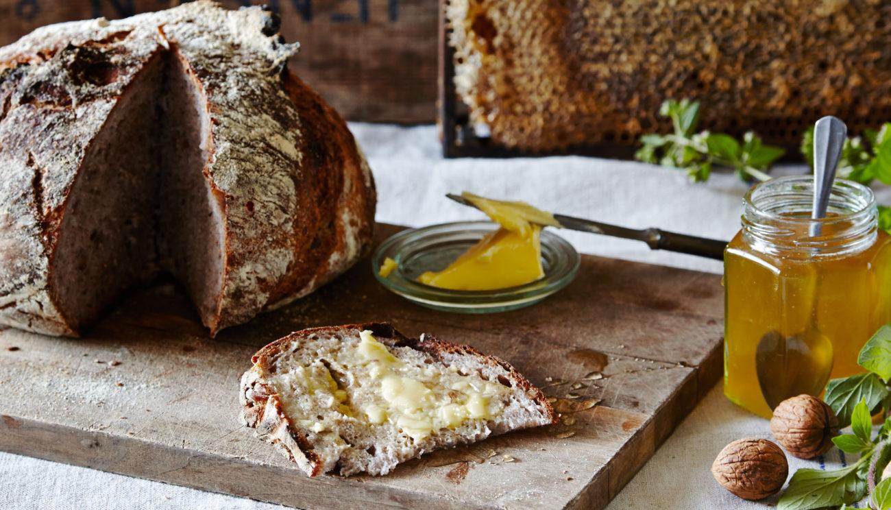Valnødbrød med honning