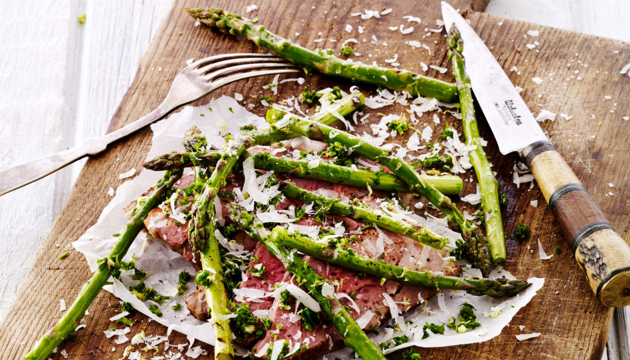 Lammeculotte med asparges og gremolata