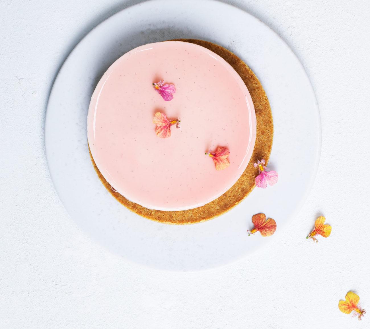 Vaniljecheesecake med rabarber