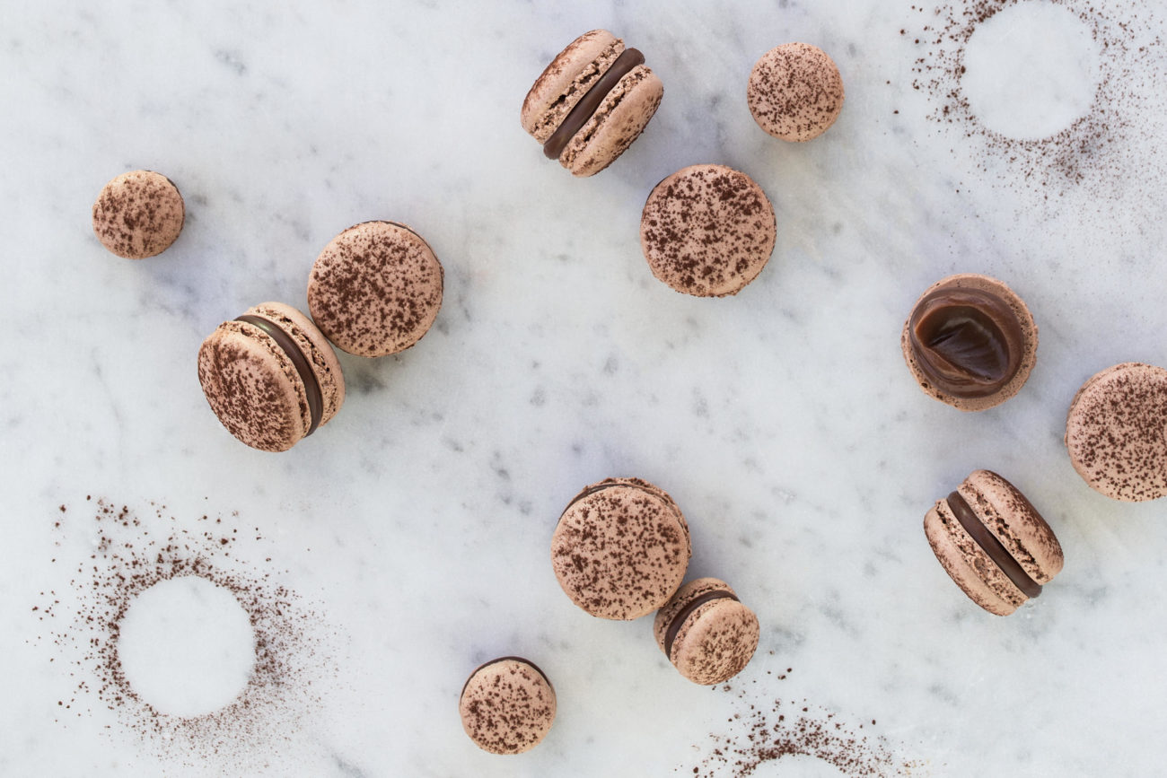 Chokolademacarons med hasselnød