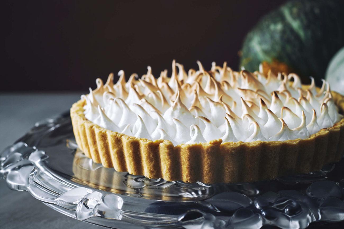 Pumpkin-meringue-pie