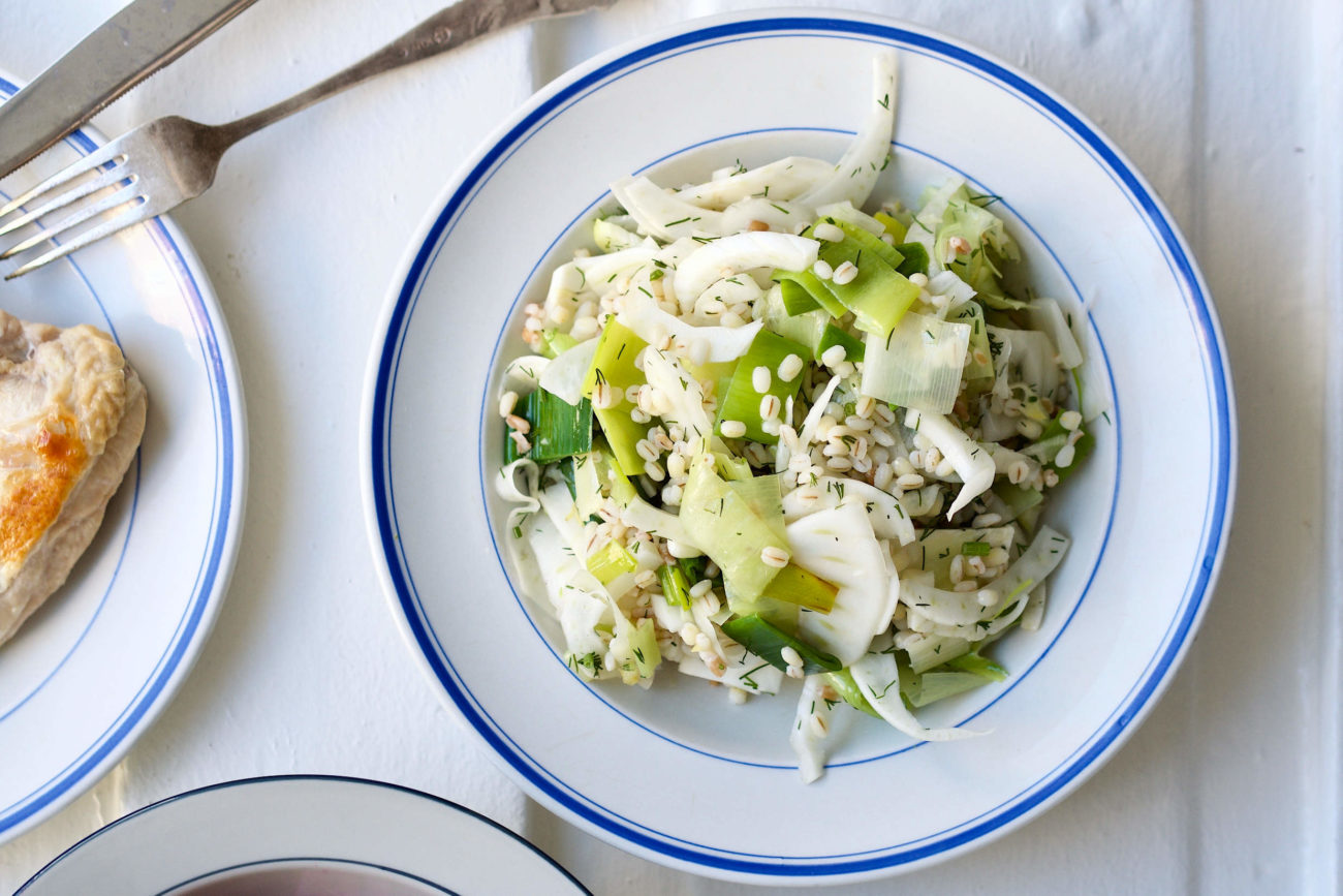 Salat med fennikel, porrer og perlebyg