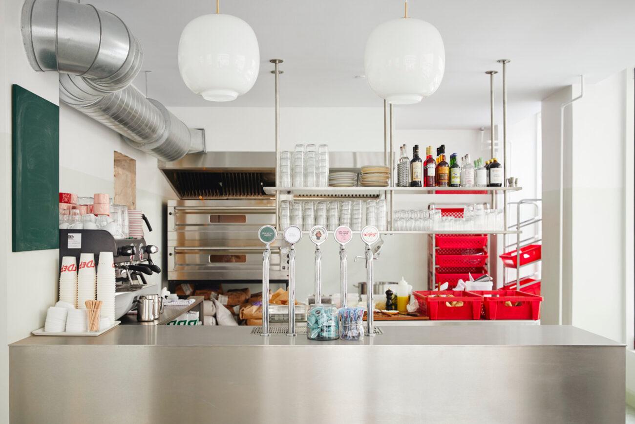 Popular kiosk in Nørrebro opens bagel bakery tomorrow