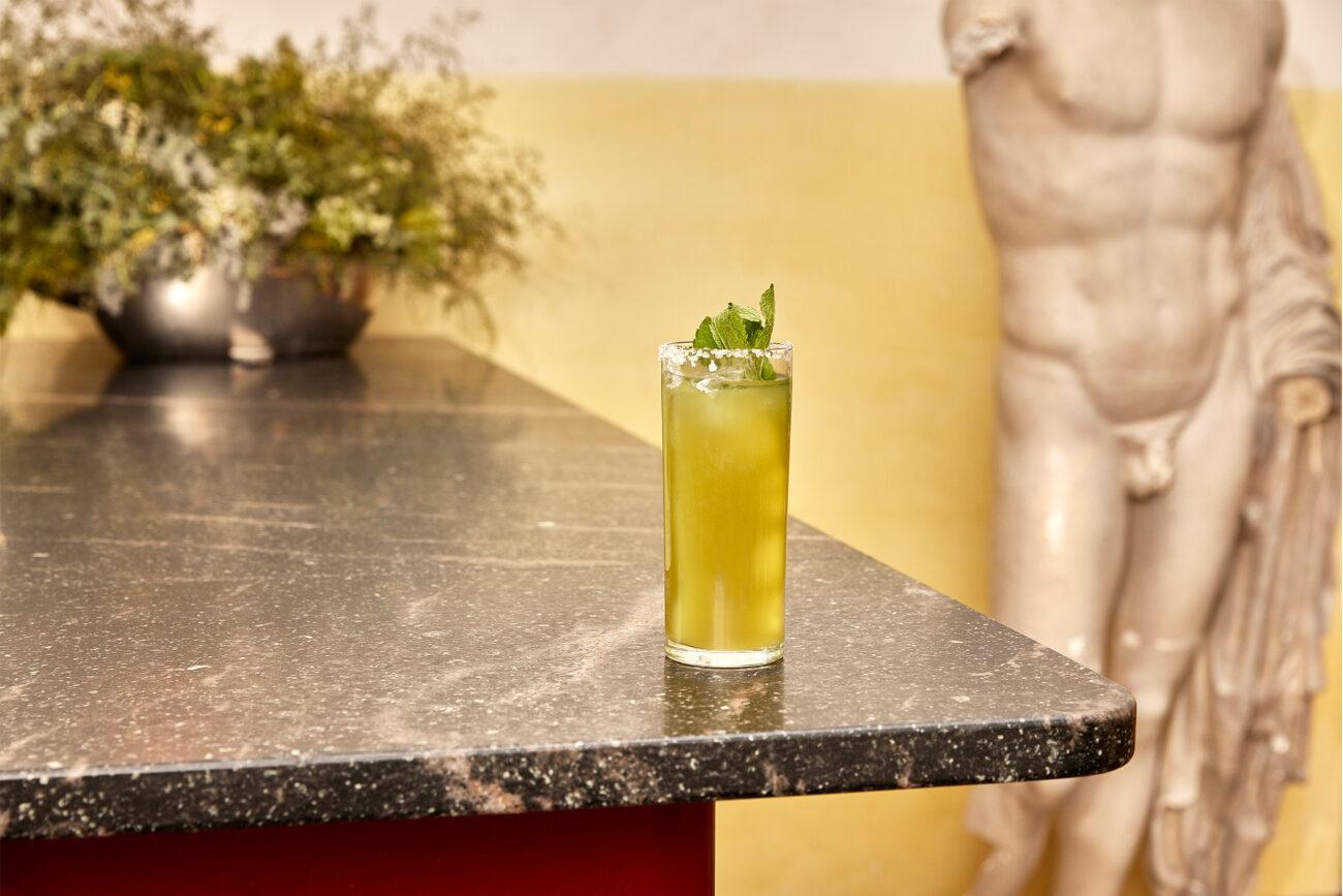 Få styr på hjemmebaren med verdens første alkoholfri spiritus